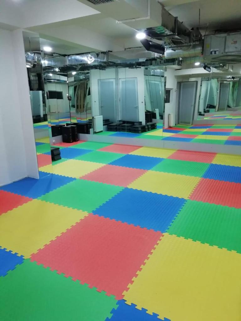 Plates + Yoga + Tüm Spor aktiviteleriniz için salonumuz hizmetinizdedir.